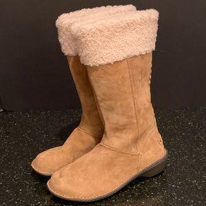 UGG Karyn Woven Back Suede Shearling Boot. 6